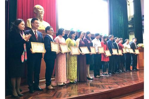 Thư viện Khoa học Tổng hợp Tp. HCM vinh dự nhận Giải thưởng Văn hóa đọc